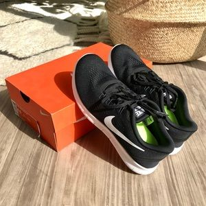 NEW-IN-BOX Nike Free RN Running Shoes